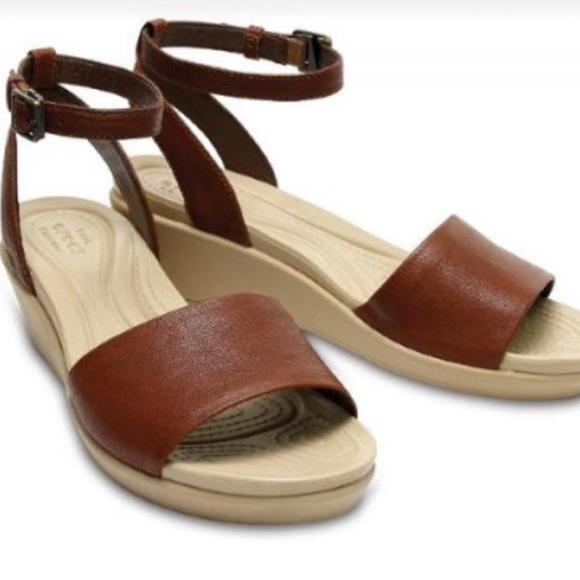 38925dfa9a32 CROCS Shoes - Crocs Rayan Ankle Strap Leather Hazelnut Sz 6